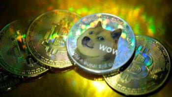 Dogecoin и Safemoon: маленькие монеты с большим риском